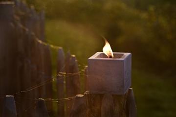 Beske-Betonfeuer mit 'Dauerdocht' | Größe 10x10x10 cm | Wiederbefüllbare Gartenfackel | 'Unendliche' Brenndauer durch umweltfreundliches Recycling von Kerzenwachs - 2