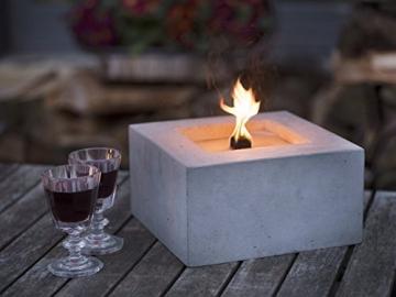 Beske-Betonfeuer mit 'Dauerdocht' | Größe 24x24x13 | Wiederbefüllbare Gartenfackel | 'Unendliche' Brenndauer durch umweltfreundliches Recycling von Kerzenwachs - 1