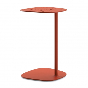 Fast - Aikana Garden Side Table - coral red/lacquered/LxWxH 40x38x63cm