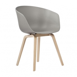 HAY - About a Chair 22 Armlehnstuhl - grau/Polypropylen/59x79x52cm/Standardgleiter Kunststoff/Gestell Eiche matt lackiert