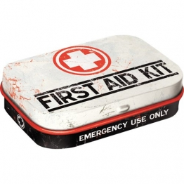 Nostalgic-Art 81256 Nostalgic Pharmacy - First Aid Kit | Pillen-Dose | Bonbon-Box | Metall | mit Pfefferminz-Dragees, 15g - 1
