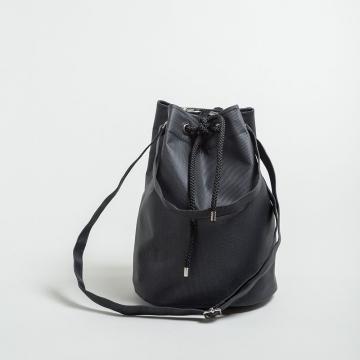 The Pouch Bag Kaimana Schwarz