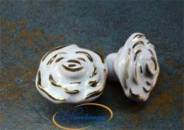 Vintage Porzellanrose weiß-gold klein 35 mm - Stilmelange Qualität aus Europa seit 1998 - 1